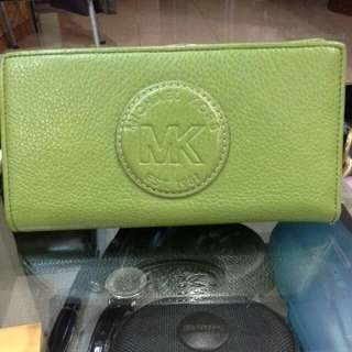 Preloved Authentic Michael Kors Wallet In Green