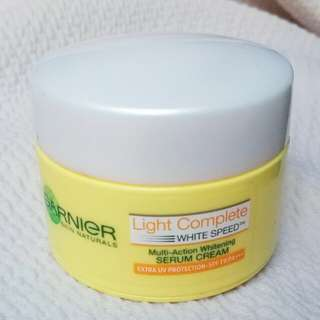 Garnier light complete speed white serum