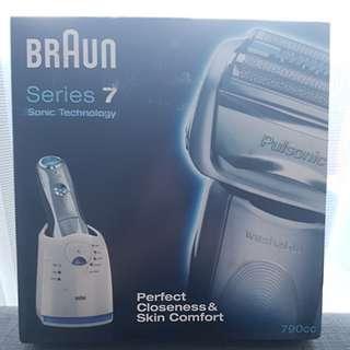 Braun Series 7 790cc Pulsonic Shaver