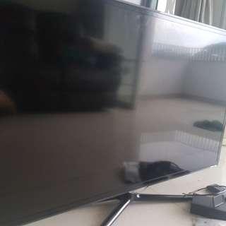 Samsung 40 Inch Smart TV (RESERVED)