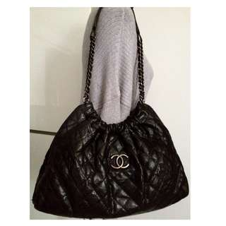 100% CLASSIC CHANEL Black Caviar Leather CC Silver Chain Shoulder Hobo Tote Bag