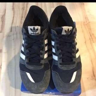 🚚 Adidas 經典慢跑鞋zx700 US11