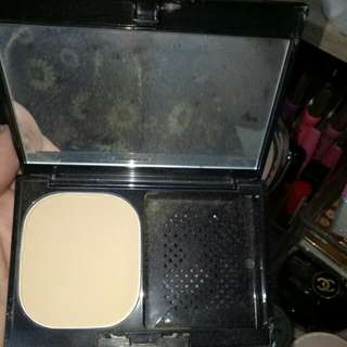 Kate liquid touch powder