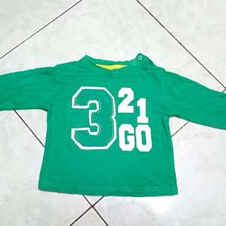 Green sweat shirt for kids
