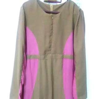 Grey and pink jubah dress.