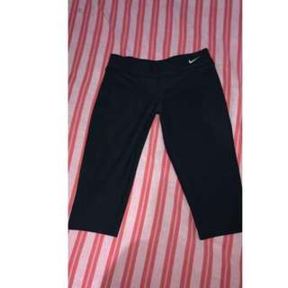 Nike Leggings NEVER WORN! price Can Be Lowered