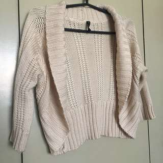 Knitted cropped jacket Nafnaf ALL ITEMS MARKED * FOR 30 PESOS. 5 OR MORE 25 PESOS
