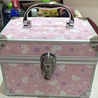Makeup Box Hello Kitty