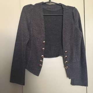 Knitted cropped jacket ALL ITEMS MARKED * FOR 30 PESOS. 5 OR MORE 25 PESOS
