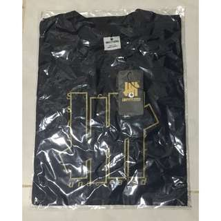 Tees Undefeated only size M (Black)
