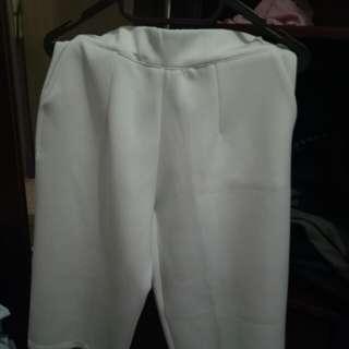 kulot putih merek cotton club ukuran (s/m)