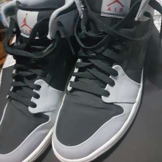 Nike Air Jordan 1 wolf grey size 11 US (2nd hand)