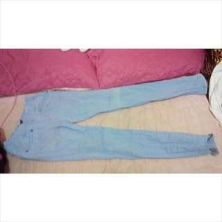 淺藍鬆緊牛仔褲