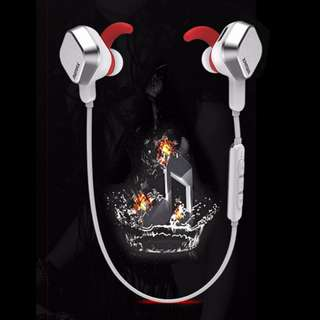 Remax S2 Neck Magnet Sports Bluetooth 4.1 Wireless Earphone with Mic & Volume Control - Silver
