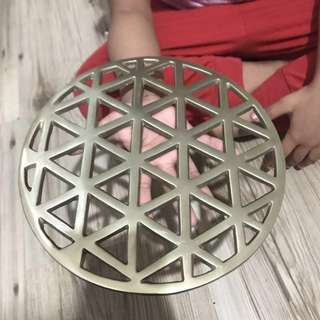 Grid Trivet - Brass Look