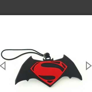 Batman Vs Superman Ez-Charm