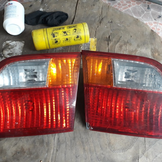 99-2000 civic trunk tail light garnish