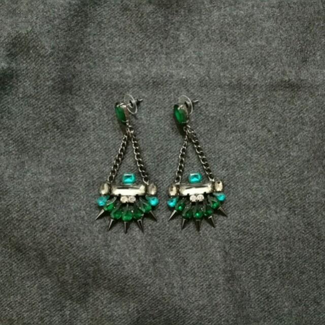 綠寶石造型垂墜耳環  鏈條鉚釘誇張款 尾牙主持表演