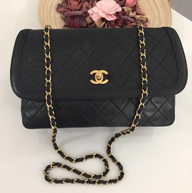 ( Sold ) CHANEL 10