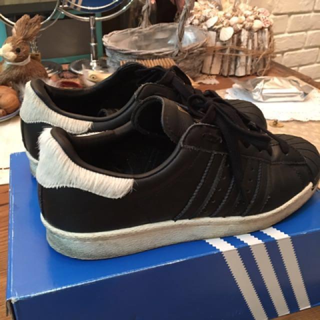 adidas super star黑色馬毛休閒鞋(尺寸24.5)