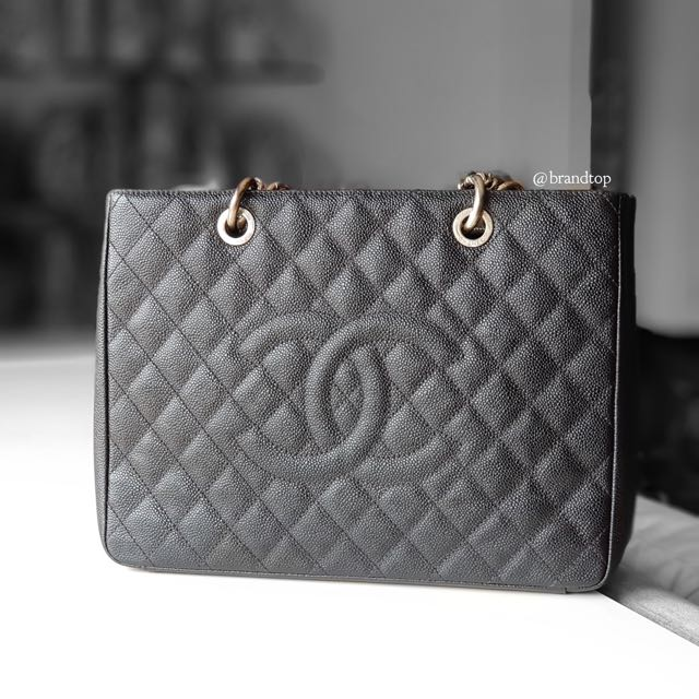 4b75a6b0e7d7 Authentic Chanel Black Caviar GST WSH, Luxury, Bags & Wallets on ...