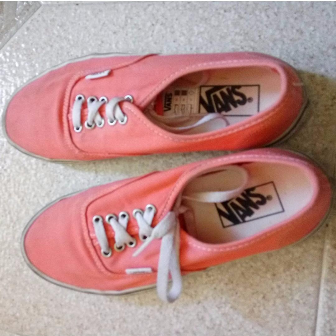 Authentic VANs Coral Casual Shoes Size 8