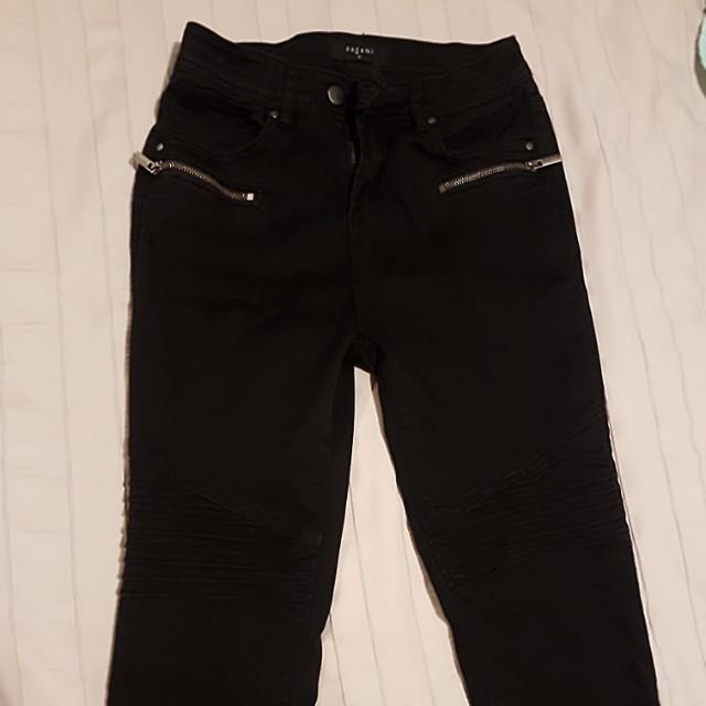 Black skinny jeans size 10