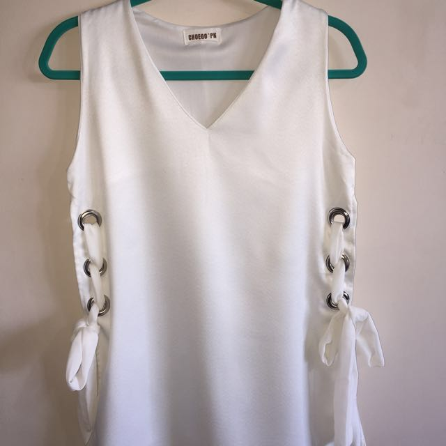 Brand-new Tunic top with side-tie