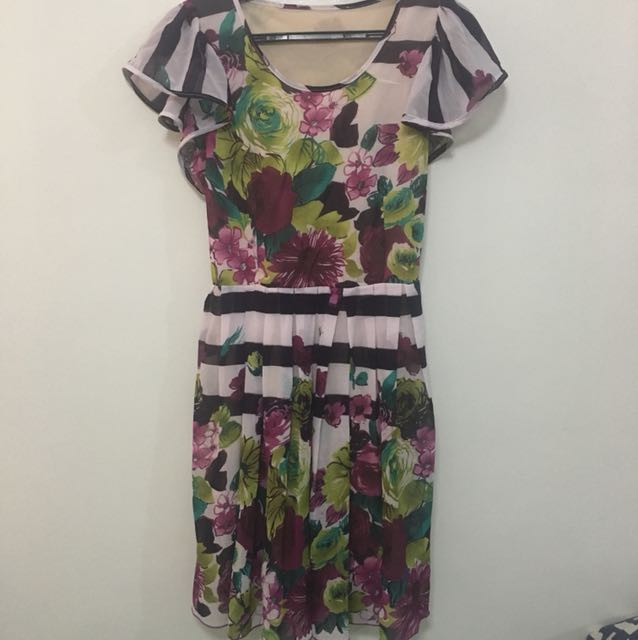 Chic floral dress