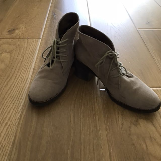 Django& Juliette all leather (suedes) ankle boots