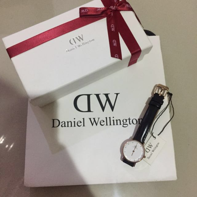 DW Daniel Wellington Watches Jam Tangan Kulit Leather Classy 26mm Mirror 1:1 Hitam Black ori original authentic