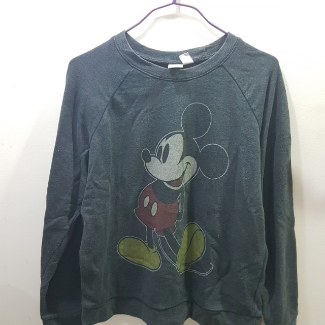 F21 Disney Mickey Mouse Sweater