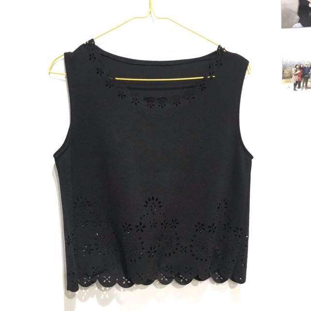 Flash sale! Black top 2