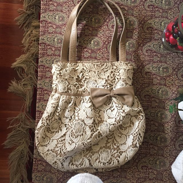 Forever New Lace Tote With Ribbon