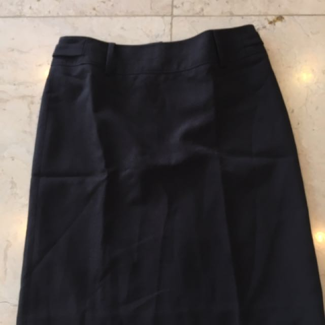 G2000 Black Formal Skirt