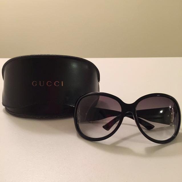 Gucci sunglass