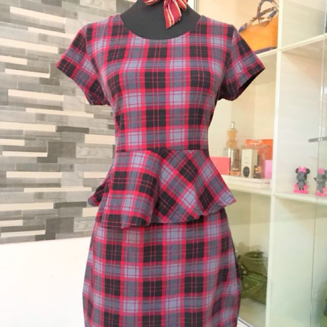 H&M checkered dress!!