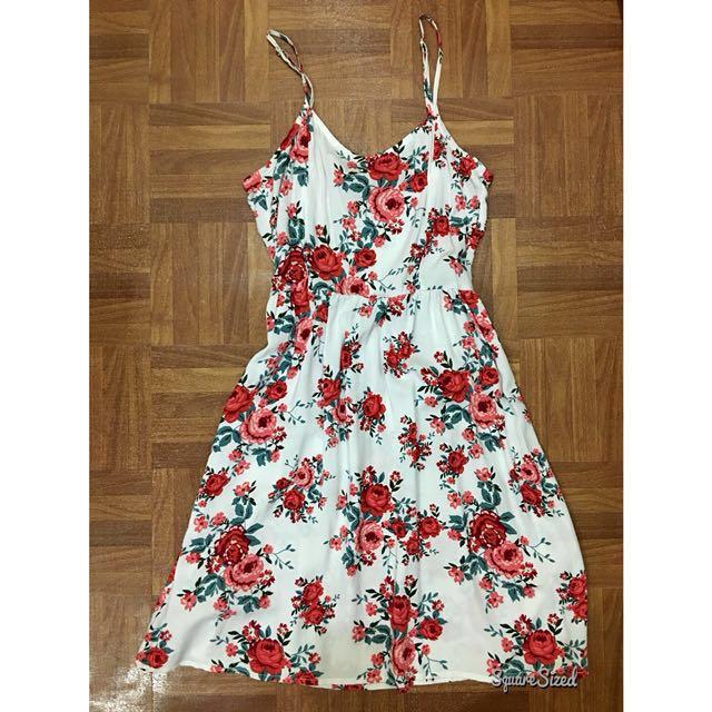H&M (DIVIDED) floral dress