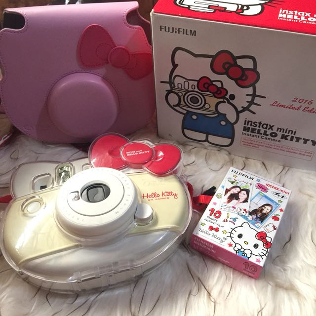 Instax 8 Hello Kitty Edition Red