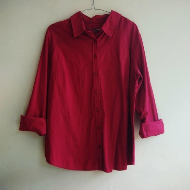 """Kemeja Merah """"Merona"""""""