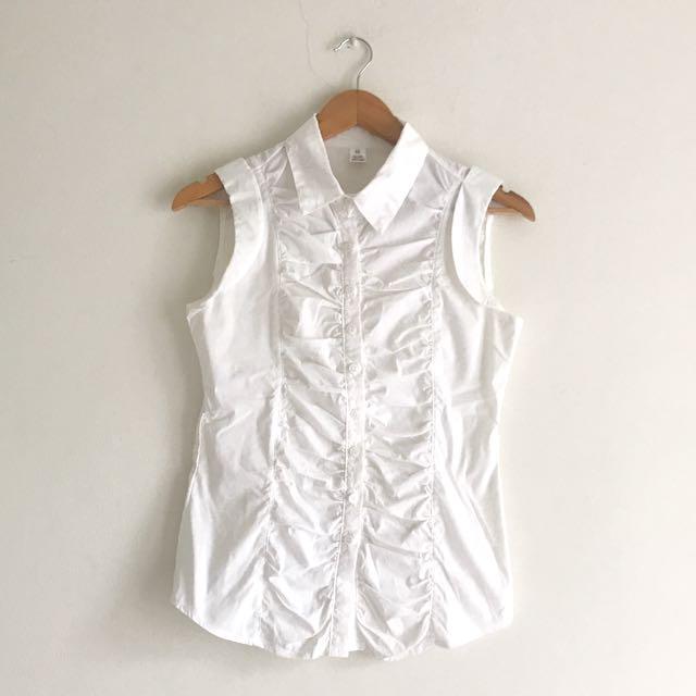 Korean sleeveless shirt