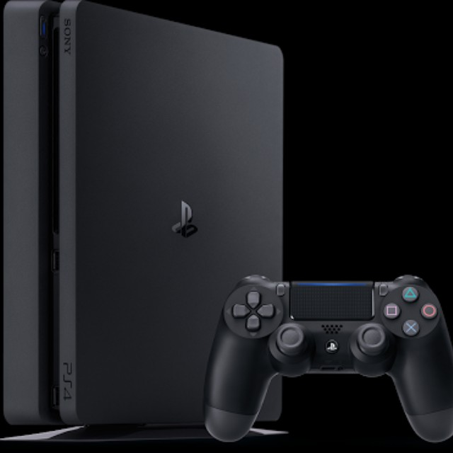 LF>>Ps4 slim with 5 games for 15k