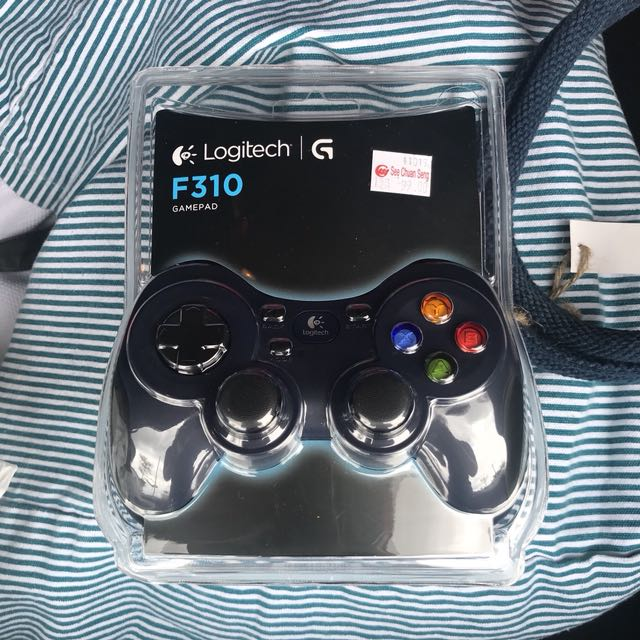 Logitech F310 gamepad (wired controller)