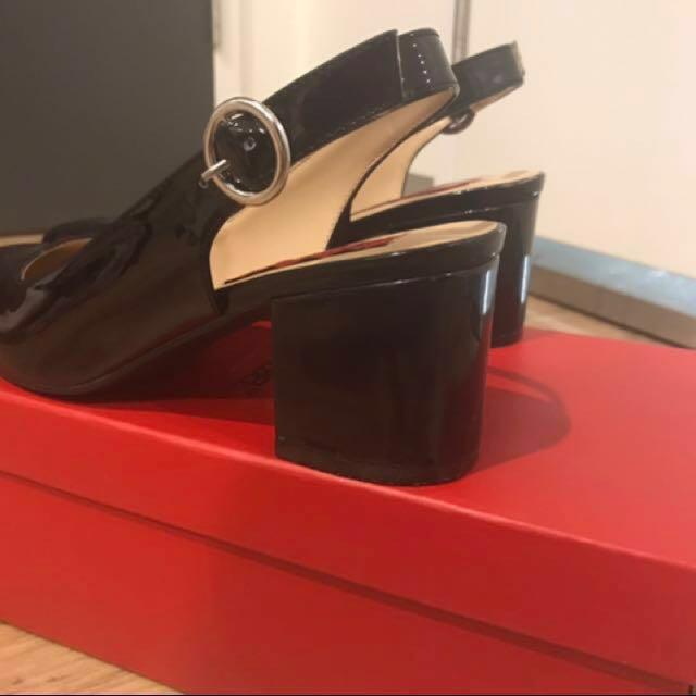 London rebel black mid heels