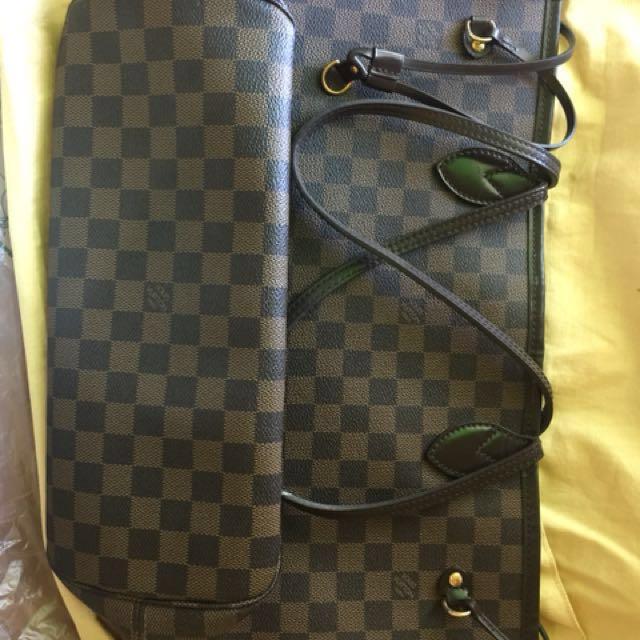 Louis Vuitton Neverful MM