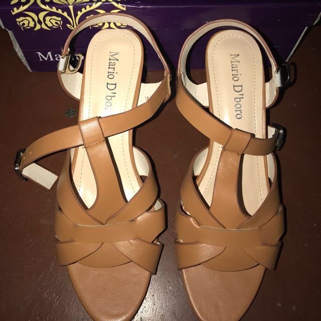 Mario D'boro Sandals (Tan) Size 7, 38