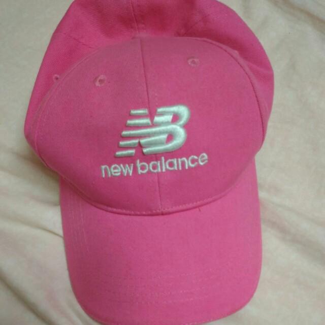 New balance粉色帽子