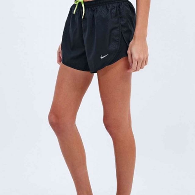 NIKE MOD EMBOSSED DRY TEMPO SHORTS 9197ce7a9