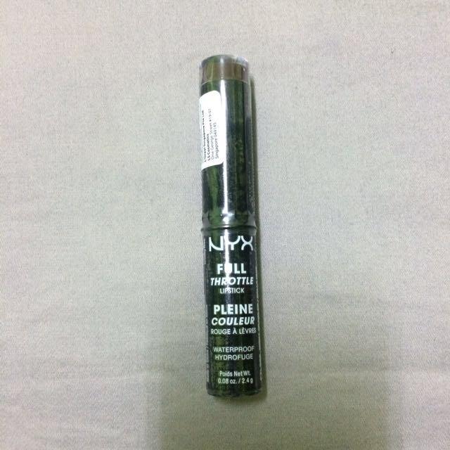 NYX Full Throttle Lipstick in 06 Night Crawler