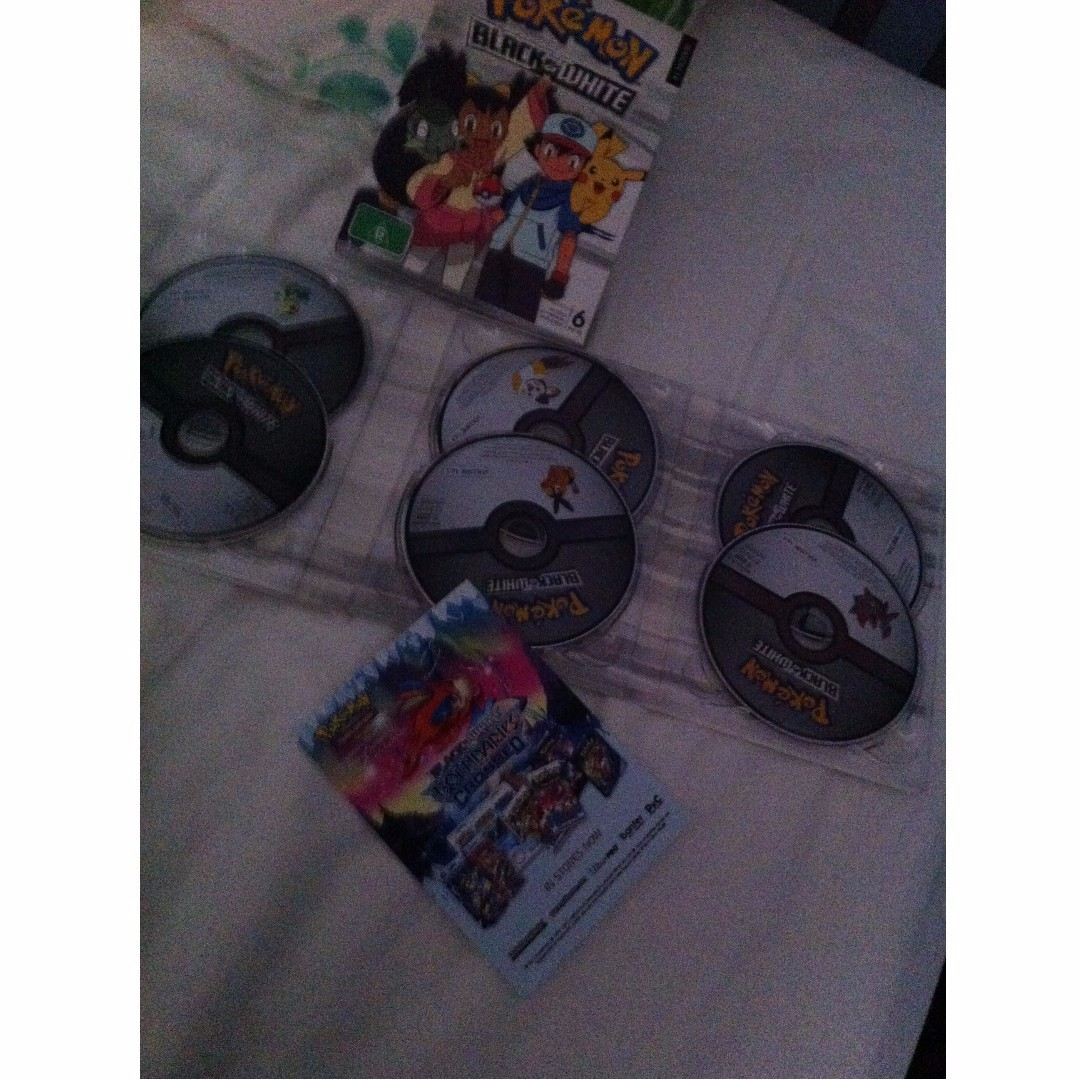 POKEMON BLACK AND WHITE DVD SET